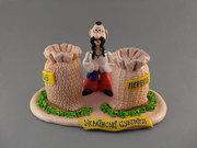 Керамические сувениры на Украинскую тематику. Казаки,  казачки – статуэ