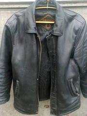 Продам шкіряну куртку /свинячка/